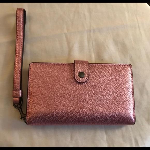 Coach Handbags - Coach Wristlet Wallet Like New